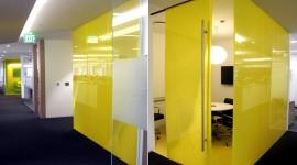 GW - SC - Despartitoare birou cu sticla colorata