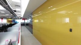 GW - SC - Perete placata cu sticla colorata 1