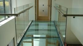 GW - TP - Coridor cu podea din sticla